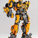 Legacy of Revoltech LR-050 - Transformers Darkside Moon - Bumble - Bumblebee