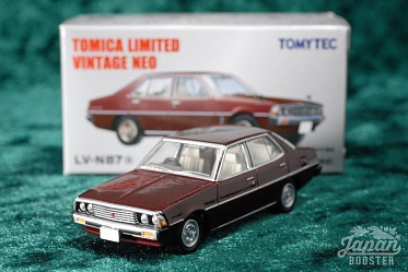 LV-N87a - mitsubishi galant Σ sigma 2000 super saloon 1976 (brown) (Tomica Limited Vintage Neo Diecast 1/64)