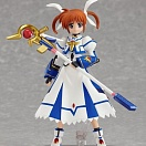 figma 159 - Magical Girl Lyrical Nanoha - Takamachi Nanoha Sacred Mode