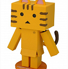 Revoltech Danboard Mini Company Collaboration Project - Yotsuba! - Nyanboard Mini